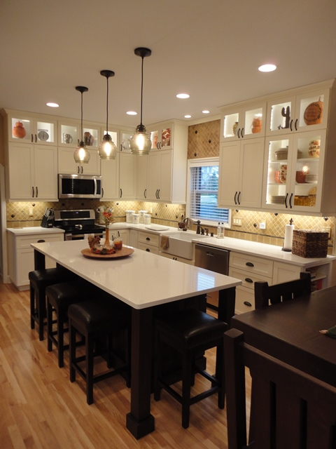 Traditional Kitchen with Custom Cabinetry in Madison, WI