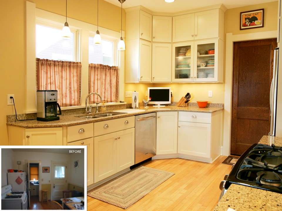 Transitional Kitchen with Dining Nook